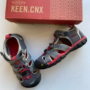 Keen boys seacamp gray water shoes sandals 12